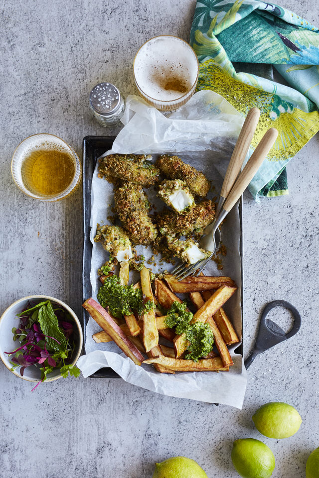 PESTO PRINCESS_Pesto Fish Fingers & Chips_ 201912899_LOW RES