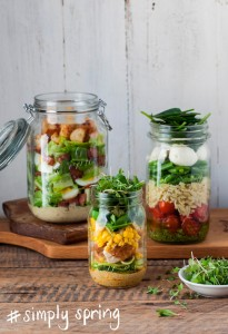 Mason Jar Salads with Pesto Dressing